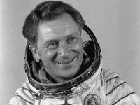 Zemřel první německý kosmonaut. Sigmund Jähn okouzlil NDR i Sověty, bylo mu 82 let