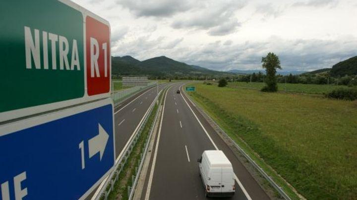 Slováci poskytnou na dálnicích bezplatnou pomoc řidičům