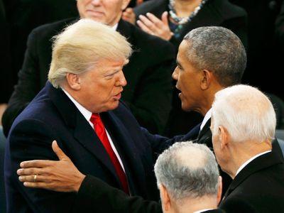 """Takový """"masakr"""" ještě moderní historie USA nezažila. Trump systematicky ruší reformy Baracka Obamy"""