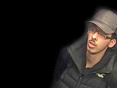 Policie zveřejnila snímky teroristy Abediho ze dne útoku v Manchesteru