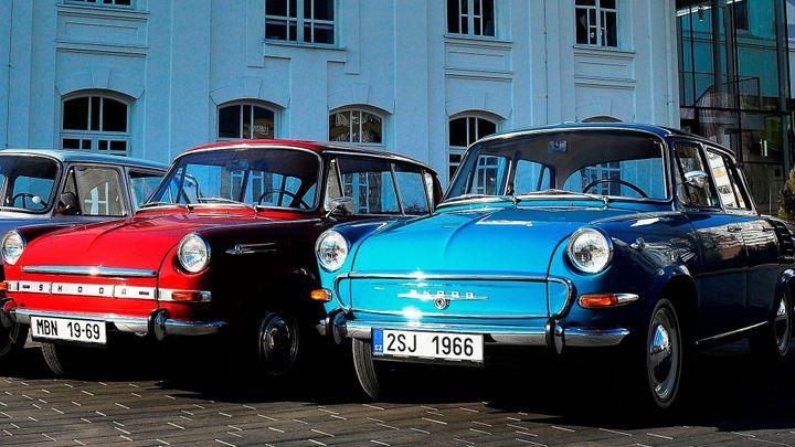 Češi jezdí ve starých autech. Pomůžeme jim, plánuje Škoda