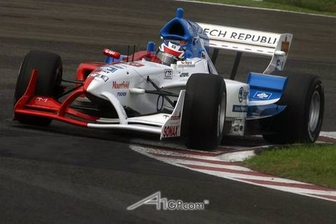 Do monopostu A1 GP usedne Janiš