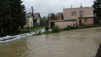 Fatal floods halt election campaign in Czech Republic