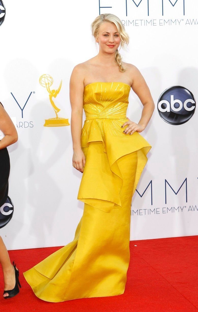 Emmy 2012 - Kaley Cuoco