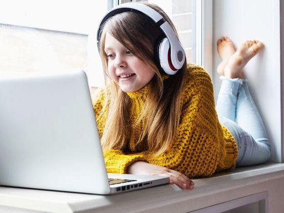 Nadané dítě, chytré dítě, domácí škola, domácí výuka, online výuka