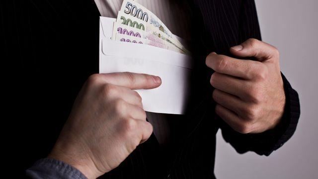 Tajný korupční fond z Ázerbajdžánu uplácel evropské politiky. 130 ... 9ca5654424