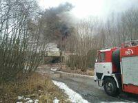 Výbuch v Poličských strojírnách způsobilo TNT. Zraněno bylo 19 lidí, policie evakuovala okolí