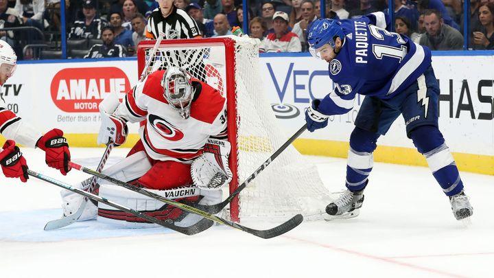 Nečas premiérovým gólem v NHL neodvrátil prohru Caroliny