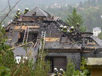 V někdejší Krejčířově vile v Černošicích hořelo. Požár možná někdo založil úmyslně