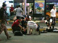Online: Teroristé zabili 41 lidí, včetně 13 cizinců, oznámili Turci. Zraněných je 239