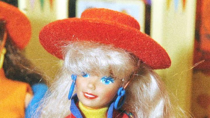 Vytoužená barbie i walkman. Poprvé jsme mohli vybírat, vzpomínají lidé na Vánoce 1990