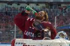 Braden Holtby v dresu Washingtonu při Winter Classic. nhl hokej