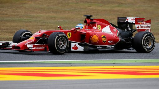 Ferrari Formula One driver Fernando Alonso of Spain drives during the Spanish F1 Grand Prix at the Barcelona-Catalunya Circuit in Montmelo, May 11, 2014. REUTERS/Juan Med