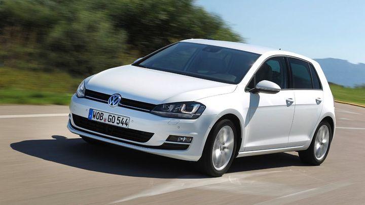 Volkswagen v USA svolává 38 000 aut. Hrozí, že začnou hořet