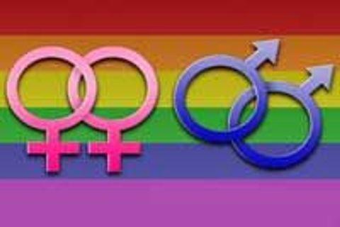 lesbický obrovský strapon sex