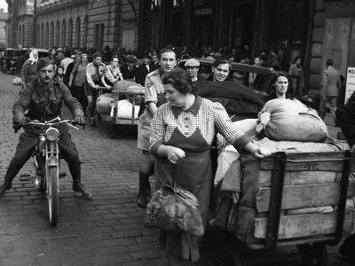 Obrazem: Vyhnání Čechů z pohraničí v roce 1938