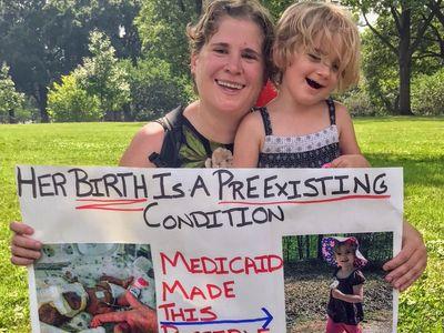 """""""Život dcery měl přednost."""" Boj mladé Američanky o zdravotní pojištění ohrožuje Trumpovy plány"""