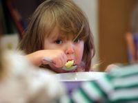 Foto: Nejlepší tuzemská školní jídelna je ve Vídni. Pokladem školky v moravské obci je paní kuchařka