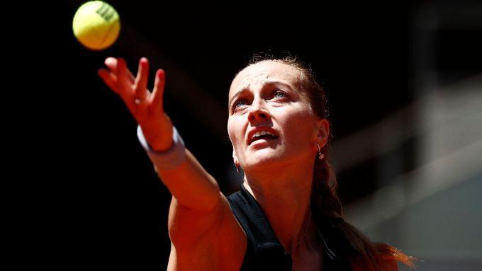 Petra Kvitová ve čtvrtfinálovém utkání v Madridu proti Ashleigh Bartyové