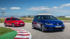 Volkswagen Golf R + GTI Performance 2017