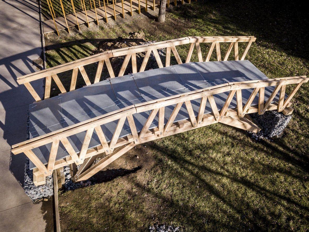 682175d485c ... které navrhli studenti architektury. Společná iniciativa pražského ČVUT  a Krkonošského národního parku začala loni