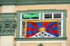 Greens anger House speaker by hoisting Tibetan flag