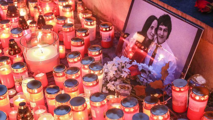 Kuciakova vražda v nás něco zlomila, lidé už nevěří justici a vládě, říkají slavní Slováci v Česku