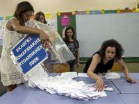 Živě: Řecko sčítá hlasy. Odpůrci návrhu věřitelů mají náskok