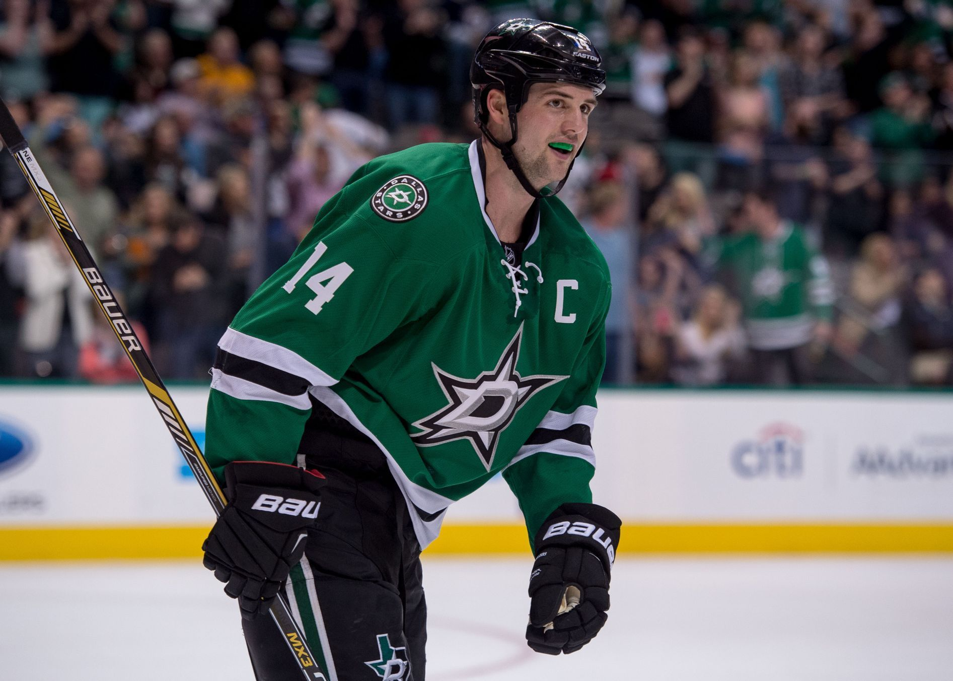 Jamie Benn (Dallas Stars) v NHL 2014-15