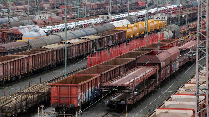 Český vývoz do Ruska se kvůli sankcím propadl téměř o pětinu