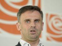 Zimola: Zeman a komunisti mají právo nám mluvit do ministrů. Po referendu může část strany odejít