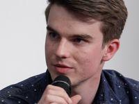 Komunisti jsou paraziti demokracie, Semelová je toho důkazem, říká youtuber Kovy