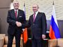Rusové ponížili Česko, Zeman podlézá Putinovi. Prezident suverénní země? Ne
