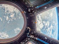 Cesta do vesmíru nebyla nikdy snazší. Google ukázal obrázky domova astronautů i nové pohledy na Zemi