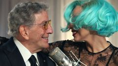 Tony Bennett & Lady Gaga: The Lady is a Tramp.