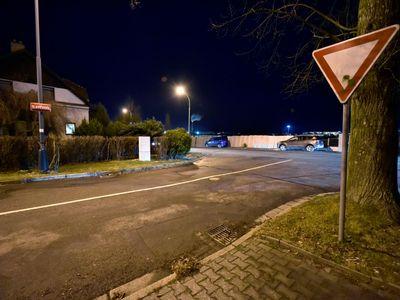 Řidič zastřelil v Jihlavě ženu, která jela v protijedoucím autě. Pachatel zatím nebyl dopaden