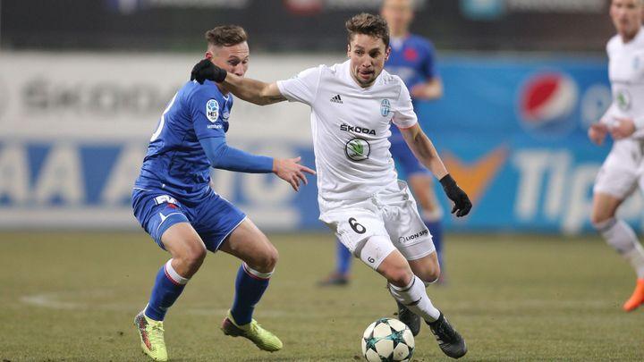 Živě: Slavia – Mladá Boleslav 0:0, semifinále je stále otevřené, první půle branku nepřinesla