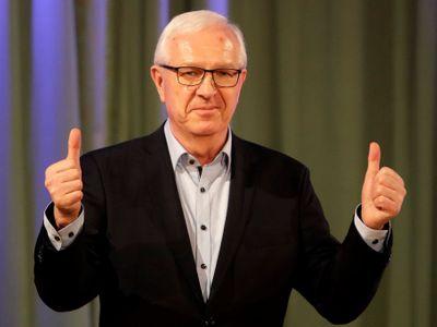 ŽIVĚ: Neúspěšný kandidát na prezidenta Jiří Drahoš představuje své další plány