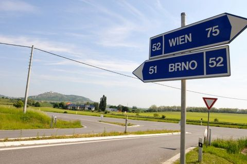 Brno-Vienna highway project hampered. ČR to be blamed