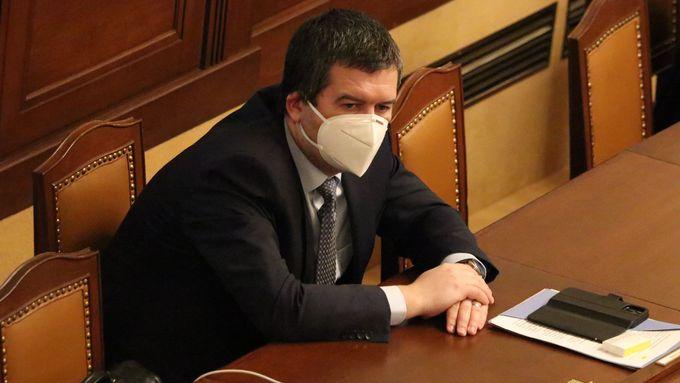 Místopředseda vlády Jan Hamáček v tomto týdnu při zasedání sněmovny, která probírá jeho chování v kauze Vrbětice.