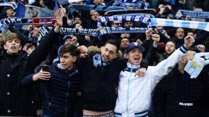 Lazio dál stíhá Juventus, program Serie A decimuje strach z koronaviru